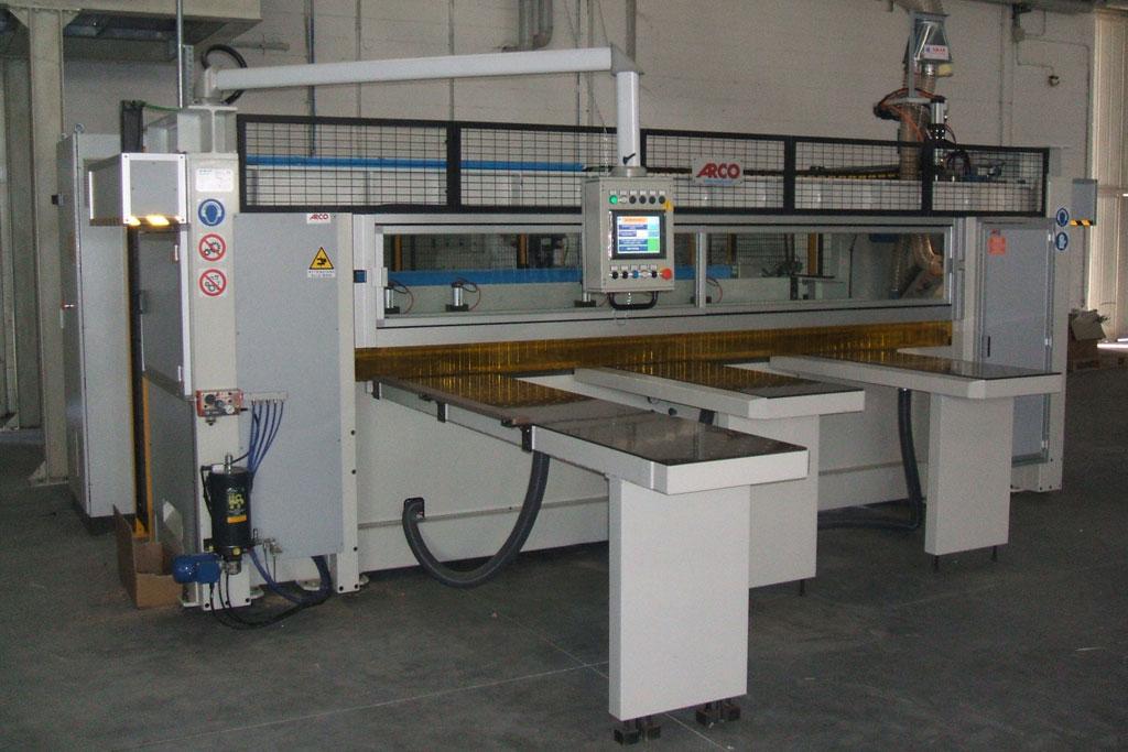 Macchine Produzione Mobili.Macchine O Sistemi Per La Produzione Di Mobili Arco